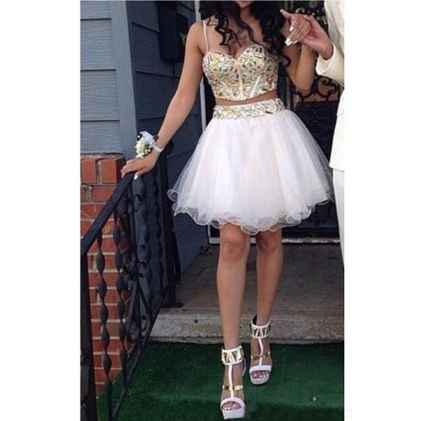 White Long Poofy Dresses for Juniors Formal